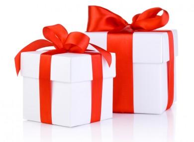 christmas-presents-390x285